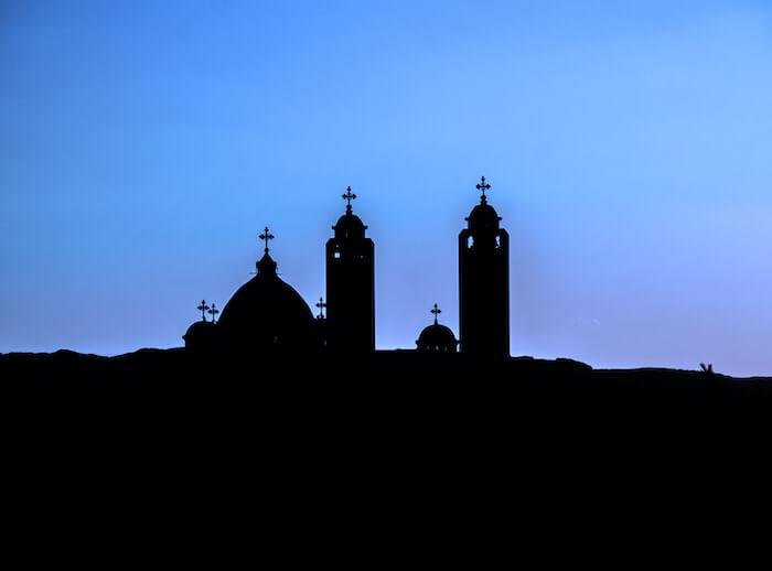 دليل الكنائس